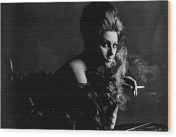 Portrait Of Sophia Loren Wood Print by Bert Stern
