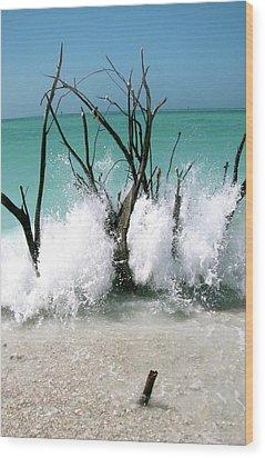 Power Wave  Wood Print by AR Annahita