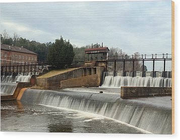 Wood Print featuring the photograph Prattville Dam Prattville Alabama by Charles Beeler