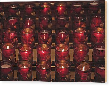 Prayer Candles Wood Print by Suzanne Stout