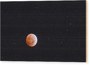 Pretty Face On A Blood Moon Wood Print by Carolina Liechtenstein