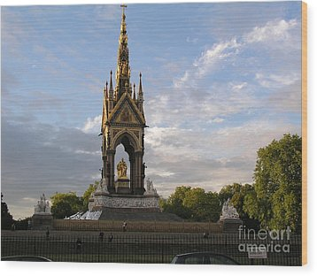 Prince Albert Memorial Wood Print by Bev Conover
