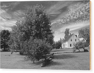 Prince Edward Island Home Wood Print by Jim Vance
