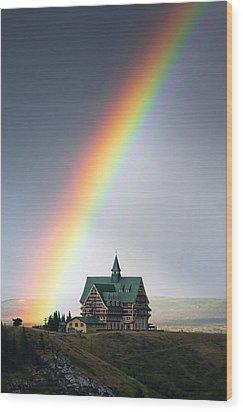 Prince Of Wales Rainbow Wood Print by Mark Kiver