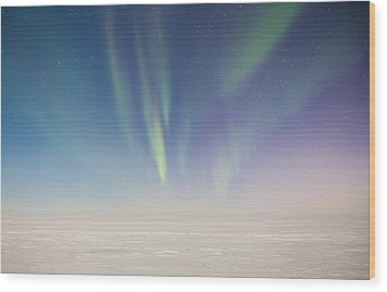 Prudhoe Bay Aurora Borealis Wood Print by Sam Amato