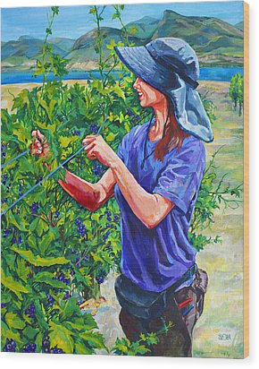 Pruning The Pinot Wood Print by Derrick Higgins