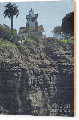 Pt. Fermin Lighthouse Wood Print by Bonnie Muir