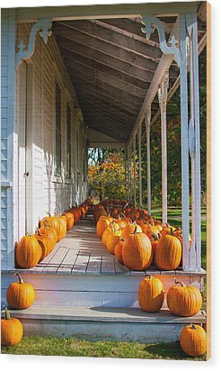 Pumpkins On A Porch Wood Print by Karen Stephenson