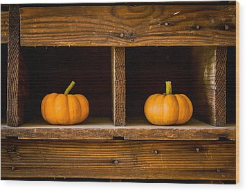 Pumpkins On Display Wood Print
