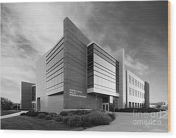 Purdue University Jischke Hall Of Biomedical Engineering Wood Print by University Icons