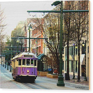 Purple Trolley Wood Print by Barbara Chichester