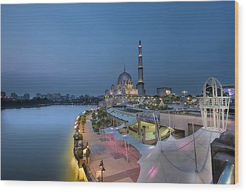 Putra Mosque At Blue Hour Wood Print by David Gn