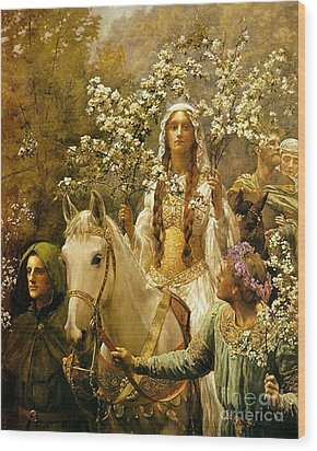 Queen Guinevere - Maying Wood Print by Pg Reproductions