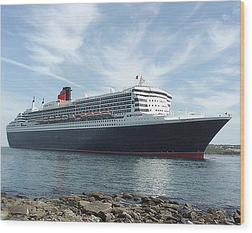 Queen Mary 2 In Halifax Wood Print