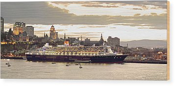 Queen Mary II Cruise Ship, Chateau Wood Print by Jean Desy