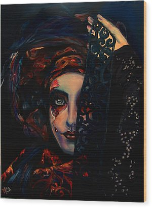 Queen Of Darkness Wood Print