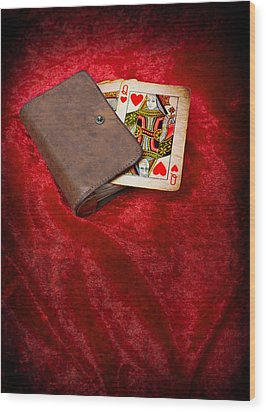 Queen Of Hearts Wood Print by Amanda Elwell
