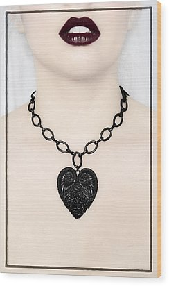 Queen Of Hearts Wood Print by Evelina Kremsdorf