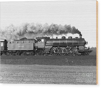 Queen Of Steam Wood Print by Joachim Kraus