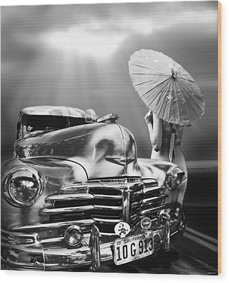 Queen Of The Highway Wood Print by Larry Butterworth