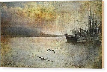 Quiet Morn Wood Print by Bill Voizin