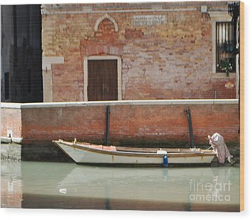 Quiet Venice Wood Print by William Wyckoff