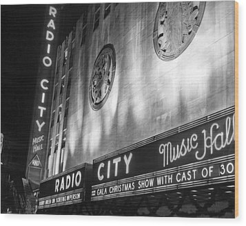 Radio City Music Hall Marquee Wood Print by Underwood Archives