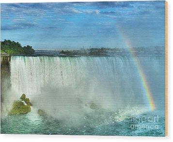 Rainbow At Niagara Wood Print by Mel Steinhauer