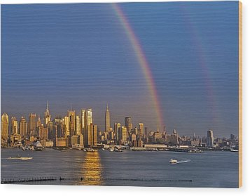 Rainbows Over The New York City Skyline Wood Print by Susan Candelario