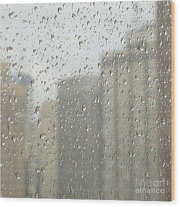 Rainy Day City Wood Print by Ann Horn