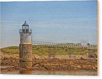 Ram Island Lighthouse Wood Print by Karol Livote