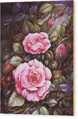 Rambling Rose Wood Print by Patricia Schneider Mitchell