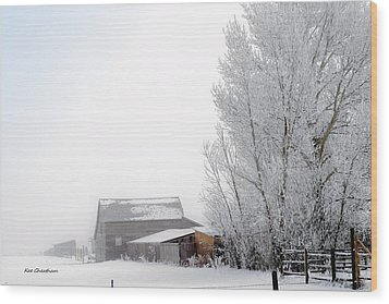 Ranch In Frozen Fog Wood Print
