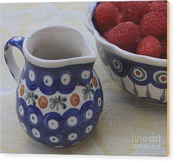 Raspberries With Cream Wood Print by Carol Groenen