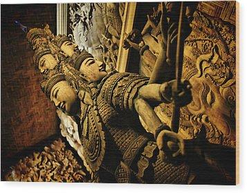 Ravana Wood Print by Suradej Chuephanich