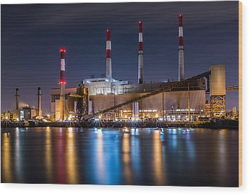 Ravenswood Generating Station Wood Print