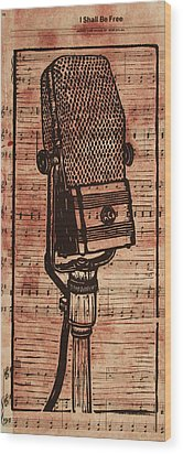 Rca 44 On Music Wood Print by William Cauthern