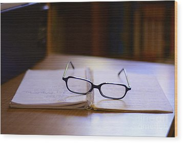 Reading Glasses Wood Print by Bobby Mandal