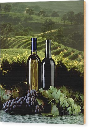 Red And White Wines Wood Print by Craig Lovell