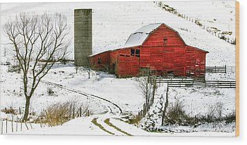 Red Barn In Snow Wood Print