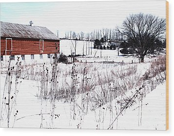 Red Barn In Winter Wood Print by Gemblue Photography