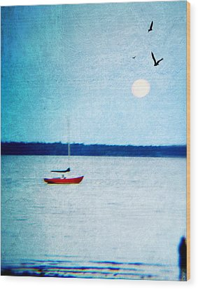 Red Boat Big Moon Wood Print by Ann Tracy