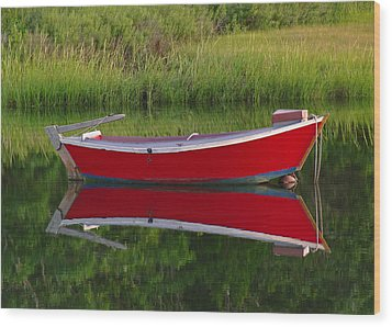 Red Boat Wood Print by Juergen Roth