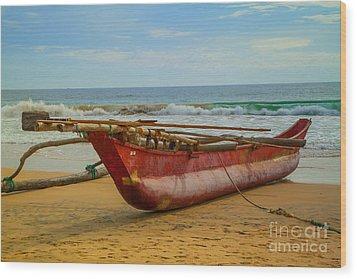 Red Catamaran At The Hikkaduwa Beach Wood Print by Regina Koch