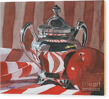 Red In Silver Wood Print by Lynne Reichhart