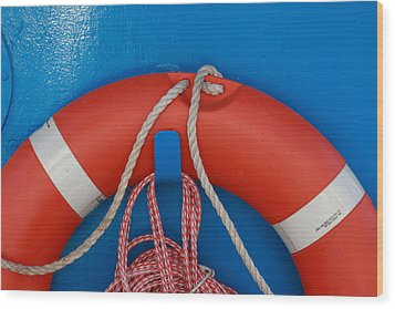 Red Life Belt On Blue Wall Wood Print by Ulrich Kunst And Bettina Scheidulin
