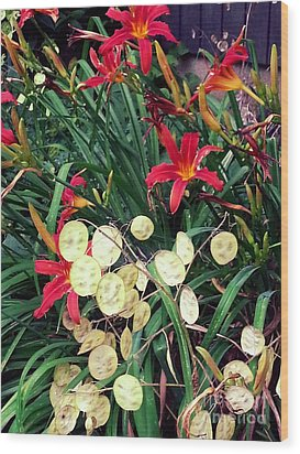 Red Lilly's Wood Print by Martha Yates