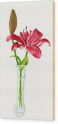 Red Lily In A Vase Wood Print by Sharon Freeman