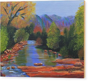 Red Rock Crossing Wood Print by Roy Gould