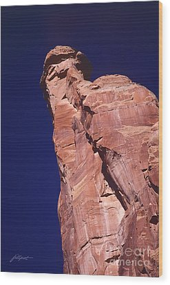 Red Rock Spier Wood Print